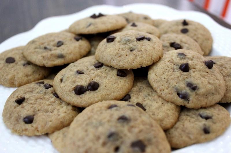 Mini Chocolate Chip Cookies by freshfromthe.com